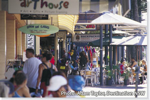 Cafes and shops, Byron Bay